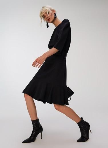 People By Fabrika Kol Detaylı Volanlı Elbise Siyah
